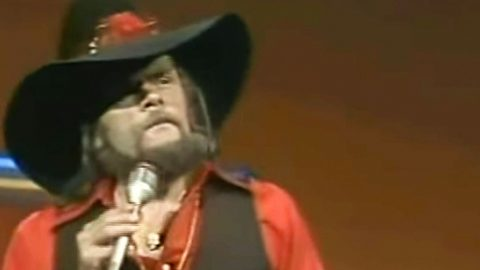 Johnny Paycheck Has Brazen Message For That Overbearing Boss In His Hit Song | Country Music Videos
