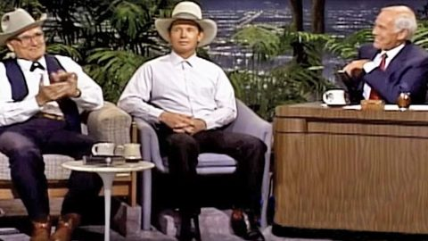 Cowboys Join Johnny Carson's Show For Hysterical Poetry That Will Have You Chuckling | Country Music Videos