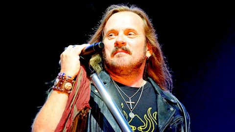 Crowd Soars To Its Feet After Johnny Van Zant's Emotional Performance Of 'Brickyard Road' | Country Music Videos