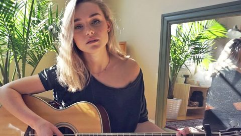 Young Woman Gives Mind-Blowing Rendition Of Vulnerable Hit 'Jolene' | Country Music Videos
