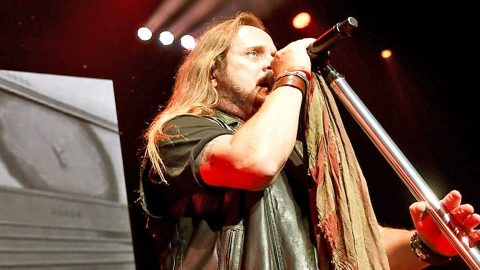 Johnny Van Zant's Passionate Vocals In 'Blame It On A Sad Song' Will Break Your Heart | Country Music Videos