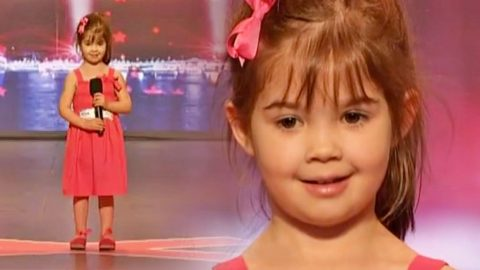 Adorable 4-Year-Old Blows Away Crowd With Heartwarming Cover Of 'Somewhere Out There'   Country Music Videos