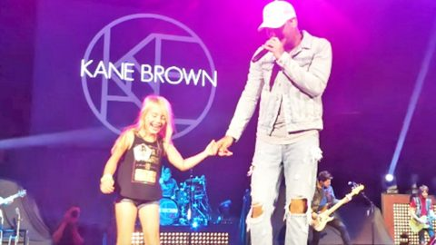 Kane Brown Twirls Adorable Little Girl Around Stage During 'Whats Ifs' | Country Music Videos