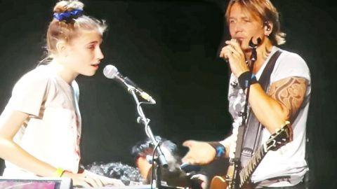 Keith Urban Brings Talented Little Girl On Stage For Breathtaking Duet | Country Music Videos
