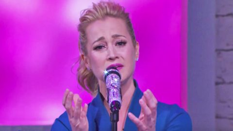 Kellie Pickler Brings Audience To Tears With Moving Song Inspired By Late Grandmother | Country Music Videos