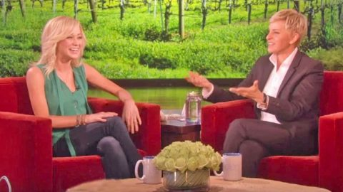 Kellie Pickler's Frog Impression Is The Funniest Thing You'll Hear | Country Music Videos