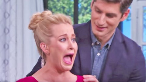 Kellie Pickler Unleashes Series Of Insane Screams Upon Facing Biggest Fear | Country Music Videos