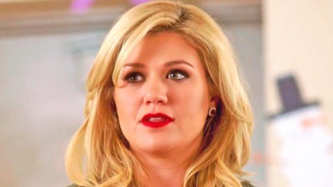 Kelly Clarkson Clears Up Confusion Surrounding Dr. Luke Scandal   Country Music Videos