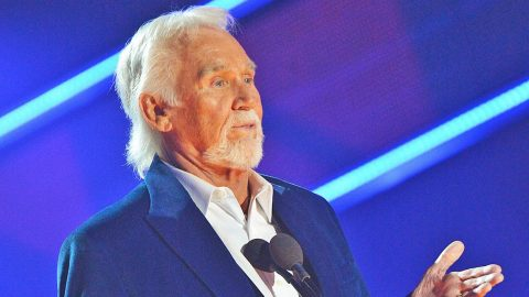 Kenny Rogers Shares His Honest Opinion On Modern Country Music | Country Music Videos