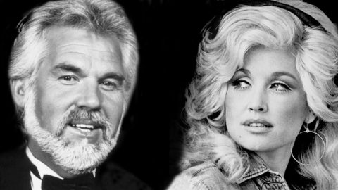 """Dolly Parton and Kenny Rogers Wow With """"Love Is Strange"""" Duet 
