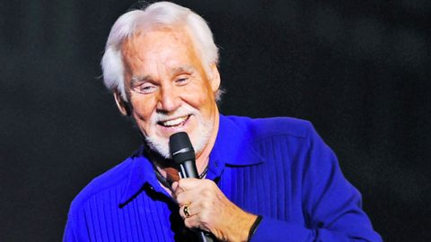 You Won't Believe What Kenny Rogers Has Planned For His Retirement! | Country Music Videos