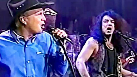 Remember When Garth Brooks Became The Fifth Kiss Member?   Country Music Videos