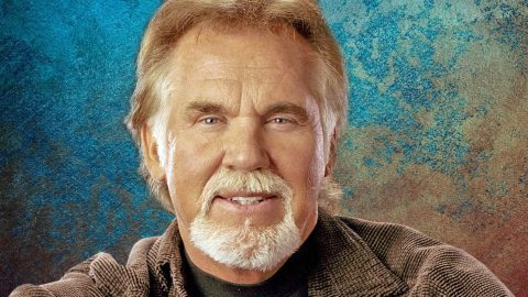 Do You Know Kenny Rogers? (QUIZ) | Country Music Videos