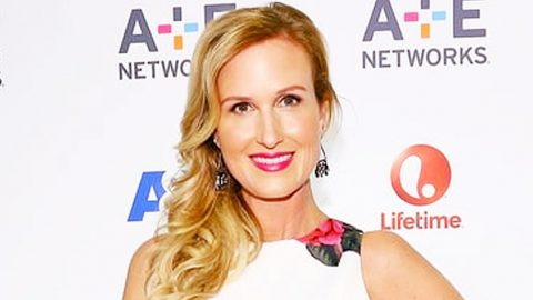 Korie Robertson Shares Photo Decked Out In Her Finest 80's Garb   Country Music Videos