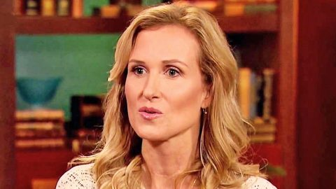 Duck Dynasty's Korie Robertson Asks For Our Prayers | Country Music Videos