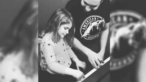 Lady A's Hillary Scott Has A Piano Prodigy: See Her 4-Year-Old Daughter Play Tom Petty | Country Music Videos