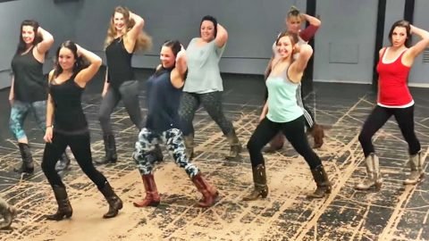 Boot Boogie Babes Get Down & Dirty On The Dance Floor To Sexy Line Dance   Country Music Videos