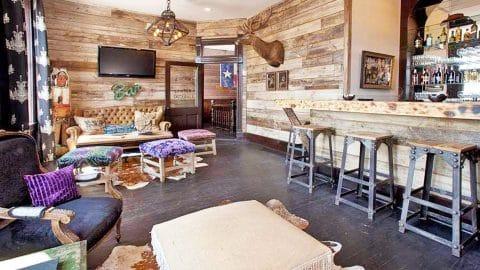 Step Inside Miranda Lambert's Charming Bed & Breakfast In Oklahoma   Country Music Videos