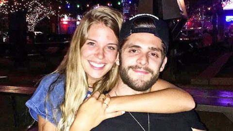 Thomas Rhett Asks Fans To 'Please Pray' For His Wife | Country Music Videos