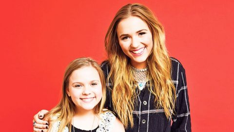 Lennon & Maisy's Mother Comes To Their Defense Following Rude Comments   Country Music Videos