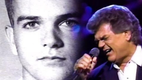 Life and Times of Conway Twitty (Beautiful) | Country Music Videos