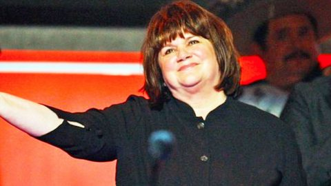 Linda Ronstadt To Receive Award Of A 'Lifetime'   Country Music Videos