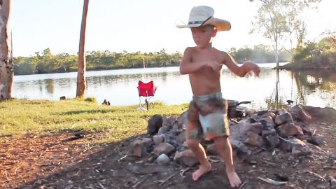 "Little Boy Dances To Alan Jackson's ""5 O'Clock Somewhere"" | Country Music Videos"