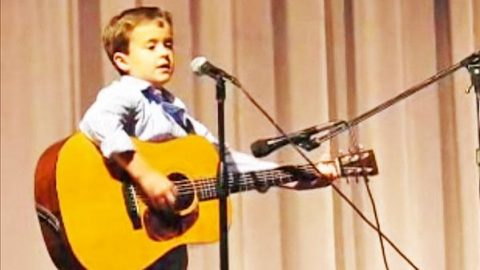 "Second Grader Covers Johnny Cash's ""Folsom Prison Blues"" 