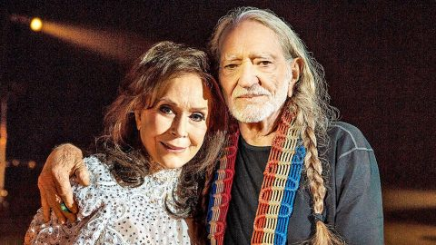 Loretta Lynn Thought Willie Nelson Was Handsome When They First Met Country Rebel