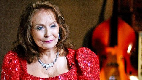 Loretta Lynn Offers Sneak Peek Into Documentary About Her Road To Fame | Country Music Videos