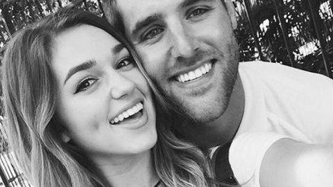 Sadie Robertson Reveals She And Her Boyfriend Have Broken Up | Country Music Videos