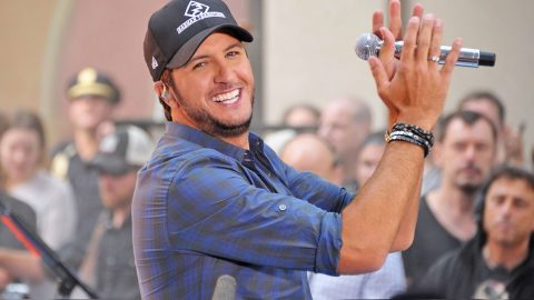 Country Star Impersonates Luke Bryan And It's Hilarious | Country Music Videos