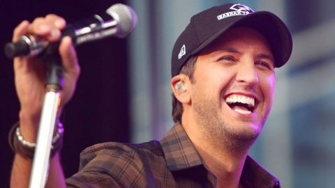 Luke Bryan Giving Bachelorette Sexy Marriage Advice Will Make Your Jaw Drop   Country Music Videos