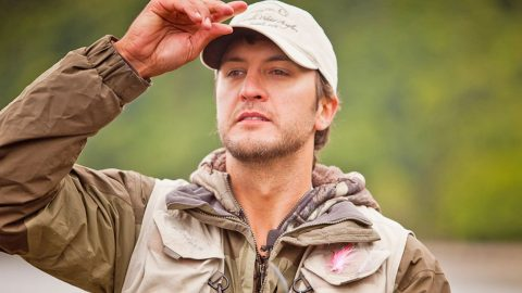 Luke Bryan Goes Ocean Fishing? What He Catches Will SHOCK You! | Country Music Videos