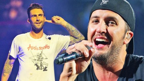 Luke Bryan Rocks Maroon 5's 'Sugar' With Fellow Country Singers, And It's Amazing! | Country Music Videos