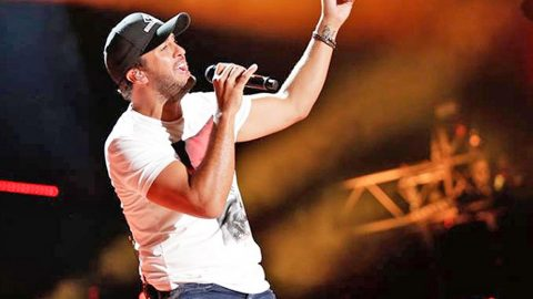 Luke Bryan Ignites The CMA Fest Stage With Fiery Performance Of New Single 'Move' | Country Music Videos