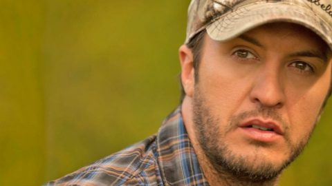 Luke Bryan Undergoes Surgery Following Accident | Country Music Videos