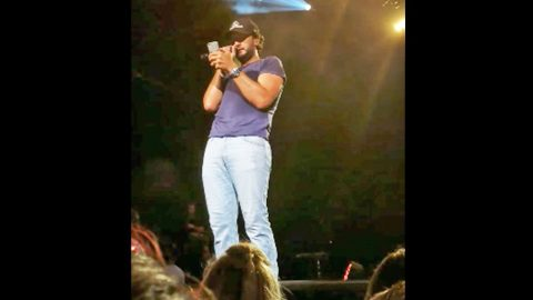 Luke Bryan's Response To Fans Throwing 'Weapons' At Him Is Priceless | Country Music Videos
