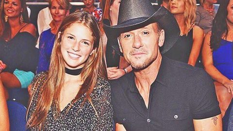 Tim McGraw Melts Hearts With Adorable Throwback Photo With His Daughters | Country Music Videos