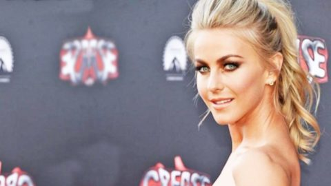 Julianne Hough Breaks The Internet With Jaw-Dropping Make-Up Free Selfie | Country Music Videos