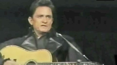 Watch Johnny Cash Perform 'Man In Black' For The First Time Live | Country Music Videos