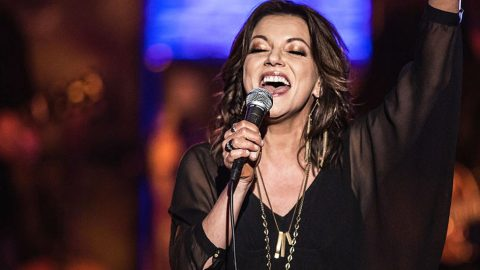Martina McBride Goes Old School With Epic 'I Was Country When Country Wasn't Cool' | Country Music Videos