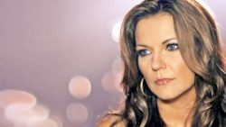 Haunted Encounters At Martina McBride's Home Will Give You Chills | Country Music Videos