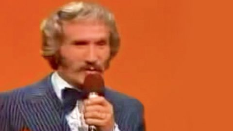Marty Robbins' Astounding Live Performance Of 'A White Sport Coat' Will Blow Y'all Away | Country Music Videos