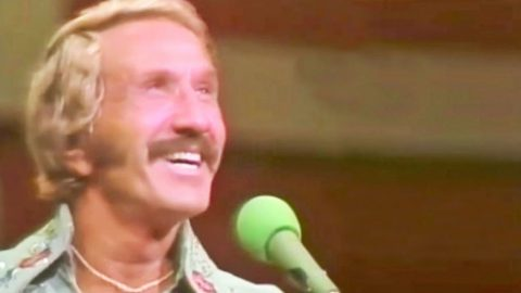 Remarkable Footage Surfaces Of Marty Robbins Singing One Of His Biggest Hits | Country Music Videos
