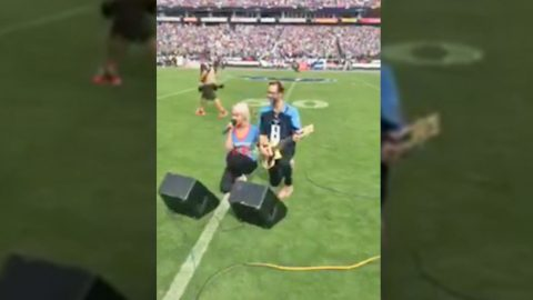 Country Singer Speaks Out About Decision to Kneel After National Anthem Performance | Country Music Videos