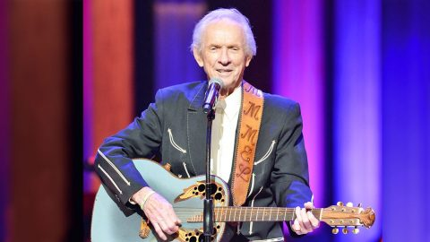Country Stars React To Death Of Beloved Country Music Hall Of Famer Mel Tillis | Country Music Videos