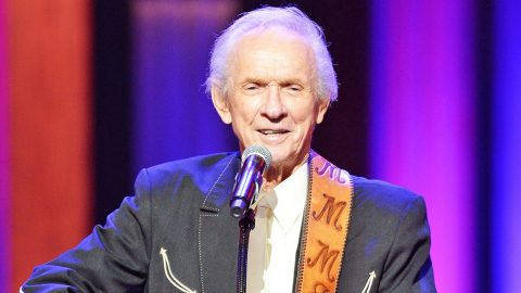 Date For Mel Tillis' Memorial Service Announced | Country Music Videos