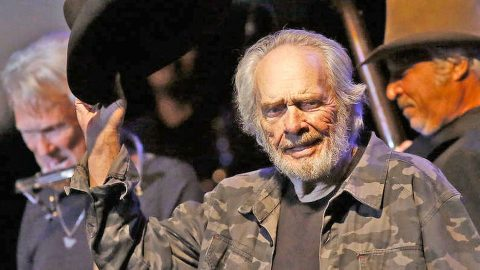 Merle Haggard Releases Dates For Previously Cancelled Shows | Country Music Videos