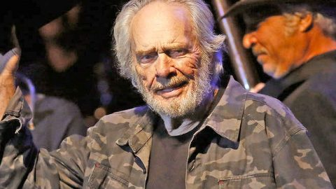 Merle Haggard's Son Asks For Our Prayers | Country Music Videos
